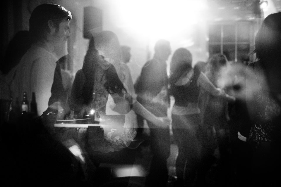 04-Disco-Dancing
