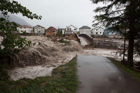water-under-the-bridge-kelly-schovanek-02