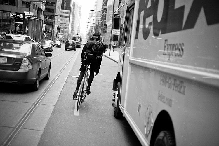 03-bike-messengers-chris-webber