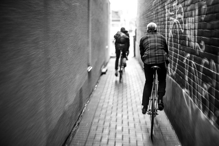 11-bike-messengers-chris-webber